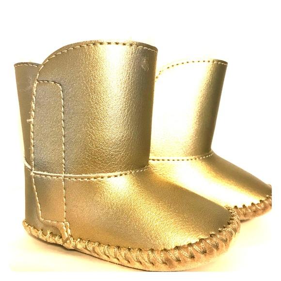 1ccfa3a1667 UGG Australia I CASSIE Metallic 0 1 Infant Boots. M 5be31678a5d7c61b1cdfae13